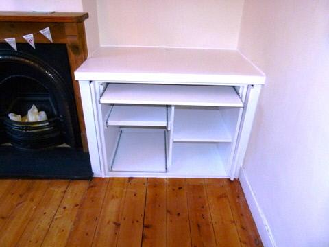 Potters-Bar-EN6 concealed cabinet doors